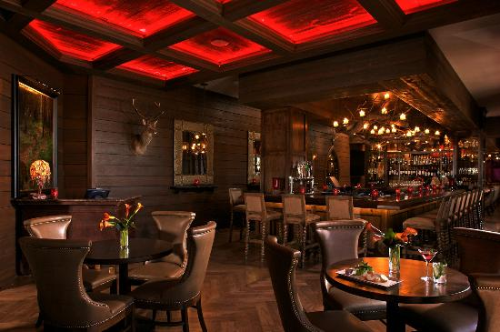 Red Stag Grill: Red Stag Lounge
