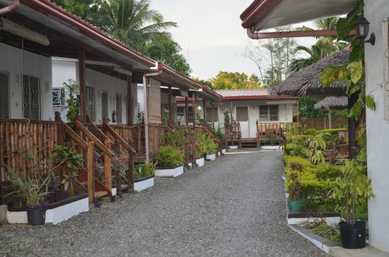 Isla Hayahay: grounds