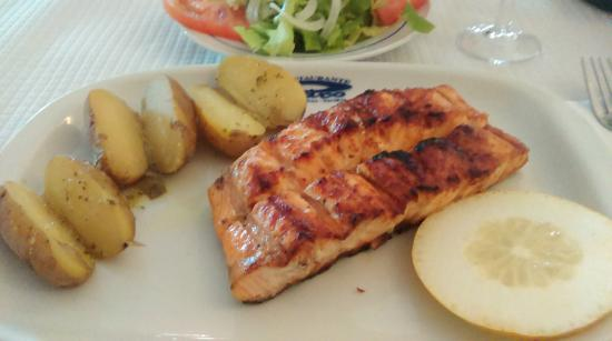 Restaurante Pedro : Salmon dish