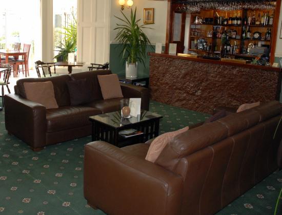 Riviera Lodge Hotel Torquay: Lounge Bar