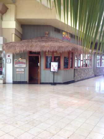Manhattan Village Islands Restaurant Inside Mall