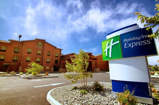 Holiday Inn Express Klamath Redwood Nt'l Park Area