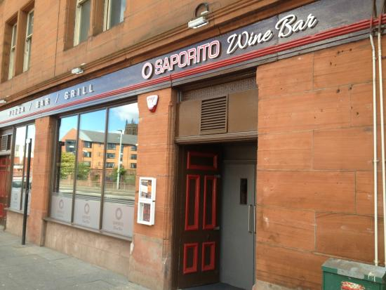 Paisley, UK: Saporito from Old Sneddon Street
