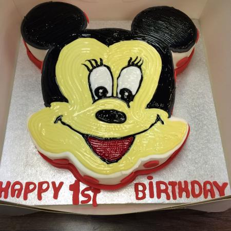 Fantastic Minnie Mouse Cake For A 1St Birthday Picture Of Devine Cakes Funny Birthday Cards Online Unhofree Goldxyz