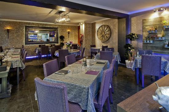 Where to Eat in Vallauris: The Best Restaurants and Bars