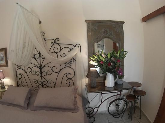 Calergi Residence: bedroom