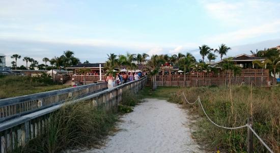 Beachcomber Beach Resort Hotel Very Por Jimmy B S Bar