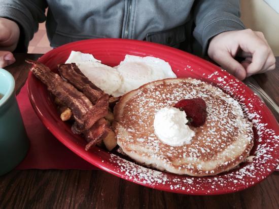 Nate's at Front Beach : Barnyard Breakfast
