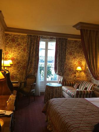Chambiges Elysees Hotel: номер