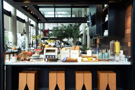 Morrissey Hotel Residences: Breakfast at HOME