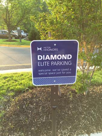 Hampton Inn Stafford/Quantico & Conference Center: VIP Parking