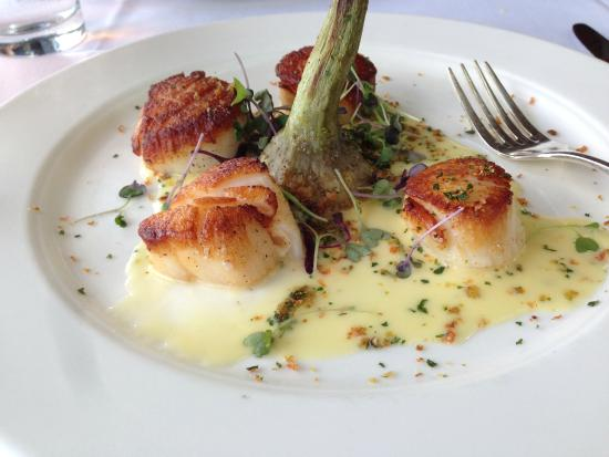 The Water Club: Scallop special