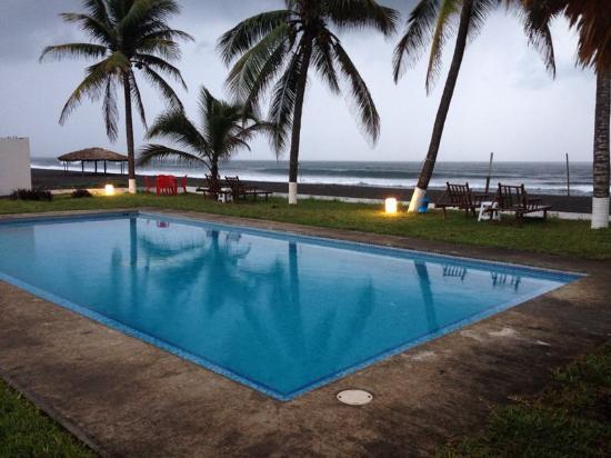 Sipacate, Guatemala: Deliciosa piscina y ambiente