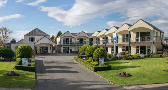 Photo of Radfords Lakeview Motel Te Anau
