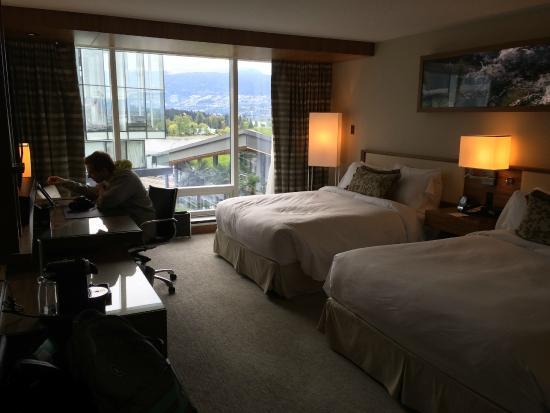 Fairmont Pacific Rim: Partial, Harbour View Room   2 Queens.