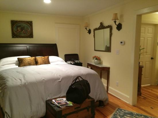 Comfy Bed Picture Of Arcady Vineyard Bed Breakfast Charlottesville Tripadvisor