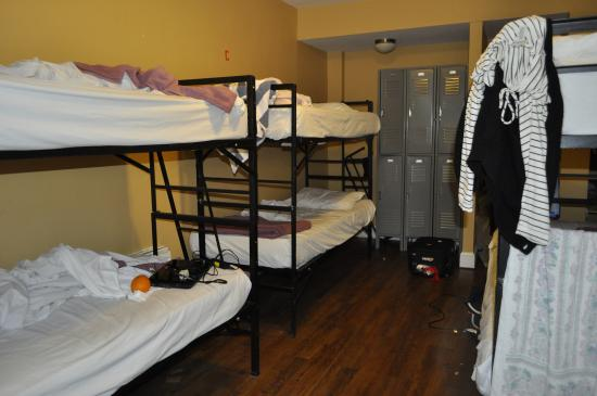 Chelsea International Hostel: 6-bed shared room