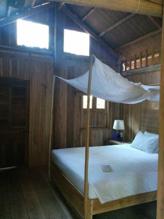 Freedomland Phu Quoc Resort: room inside