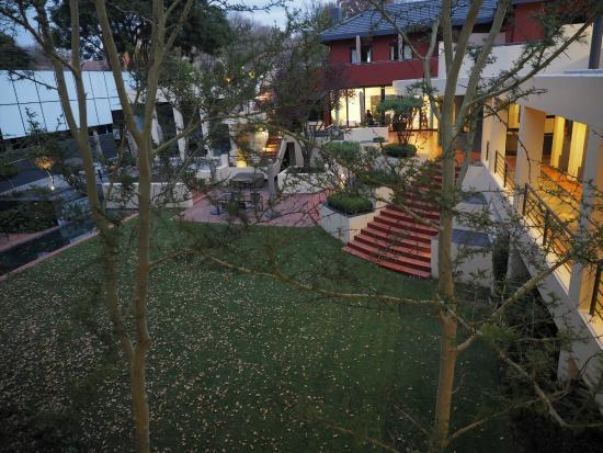 Ten Bompas Garden