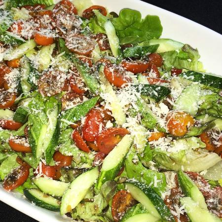 Living Room: Salad