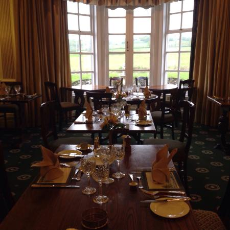 Aynsome Manor Hotel: The beautiful dining room