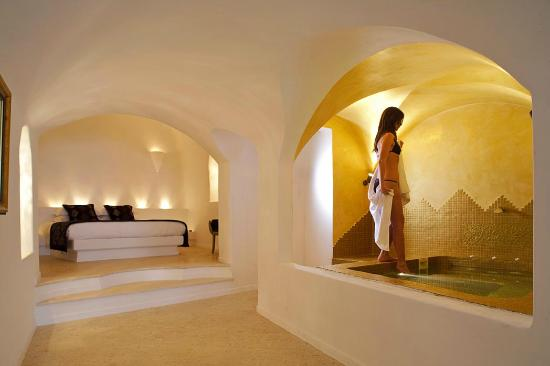above blue suites updated 2018 prices inn reviews santorini imerovigli greece tripadvisor. Black Bedroom Furniture Sets. Home Design Ideas