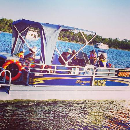 Tin Can Bay Boat Hire: Party Pontoon