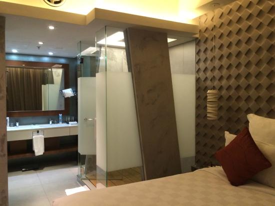 Bathroom Area With Shower And Bath Picture Of Pullman Jakarta Delectable Central Park Bathrooms