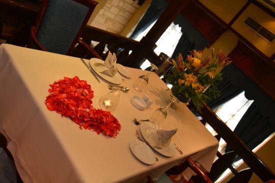 Santa Lucia Restaurant: Santa Lucia Piano Restaurant