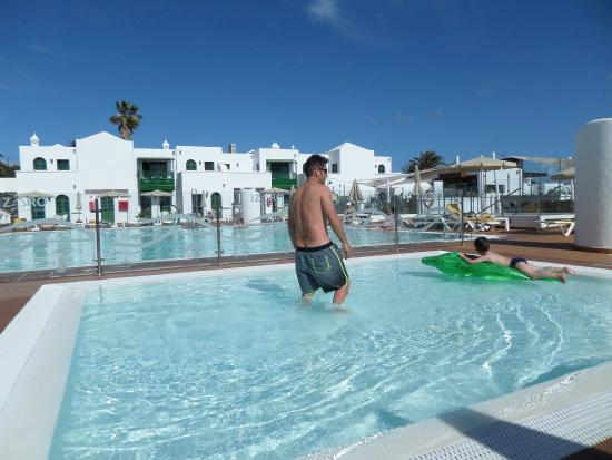 Piscina Picture Of Gloria Izaro Club Hotel Lanzarote Tripadvisor