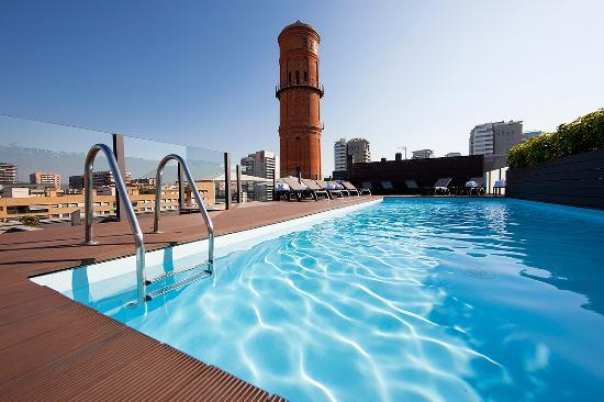 Attica 21 Barcelona Mar: Piscina-Solarium
