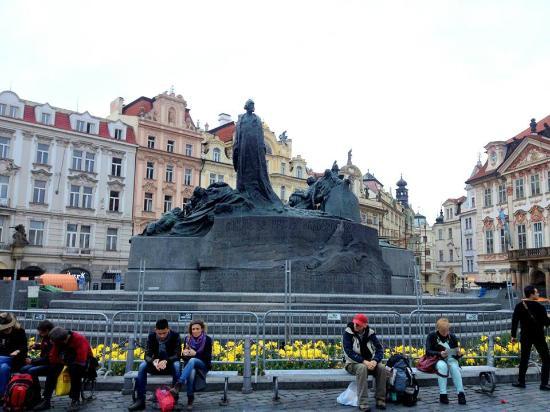 Sandemans Walking Tour Prague