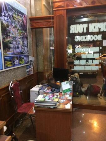 Hanoi Four Seasons Hotel: Trips-booking
