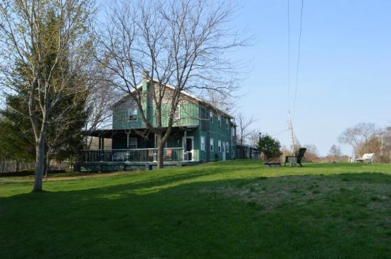 Jackson's Falls Country Inn: Jackson Falls Inn