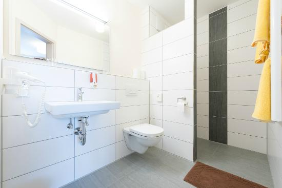 Schwarzes Ross Wasserzell: Bathroom