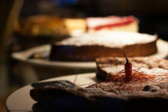 Selbstgebackene Kuchen Bild Von Trachtenvogl Speise Cafe Munchen