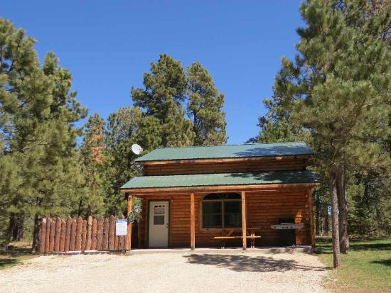 Mystic hills hideaway updated 2017 campground reviews for Cabins near deadwood sd
