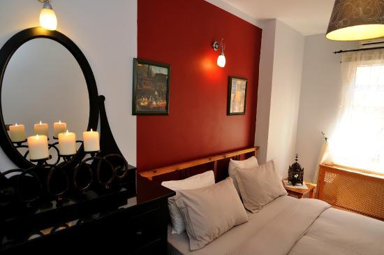 Ahmet Efendi Evi: family room