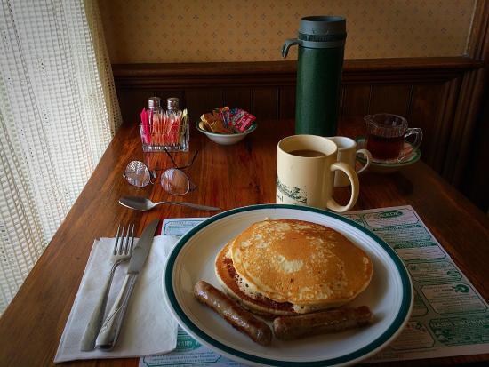 Marshfield Inn and Motel : Great breakfast