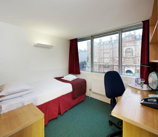 En Suite en suite single room picture of imperial accommodation