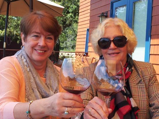 Fort Ross Vineyard Tasting Room: Enjoying Pinot Noir on the back deck