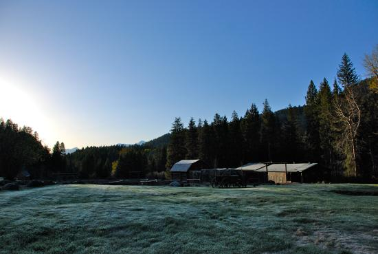 Mountain Sky Guest Ranch: Sunrise