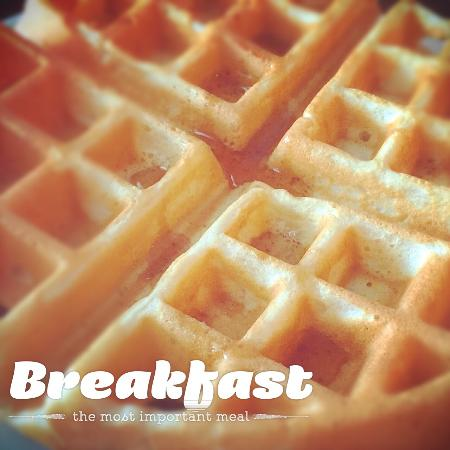 Isabelle's Beach House: I like the waffles too