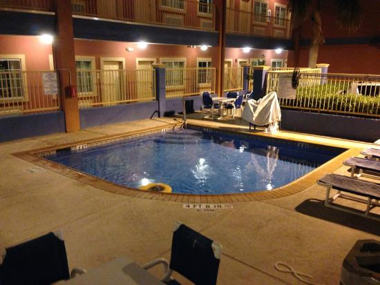 Quality Inn Suites 75 9 5 Updated 2018 Prices Motel Reviews Mercedes Tx Tripadvisor