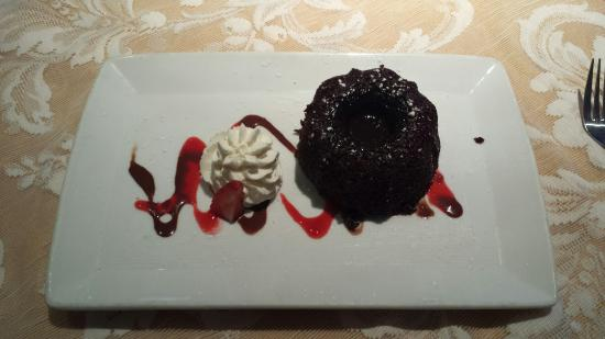 Island Cafe : Gooey Chocolate Cake