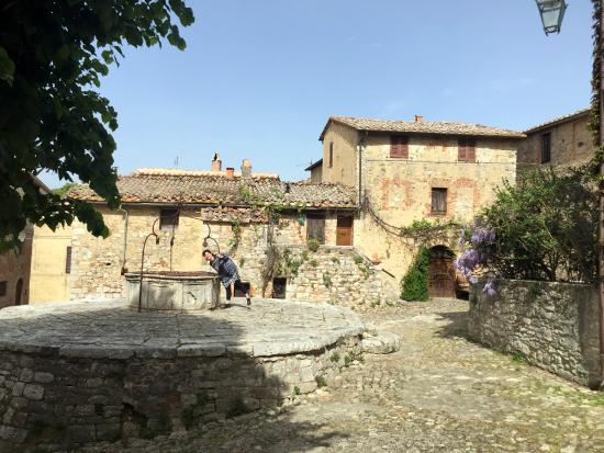 La Cisterna Nel Borgo