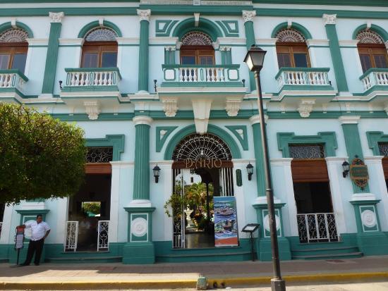 Hotel Dario: Haupteingang in der Fussgängerzone