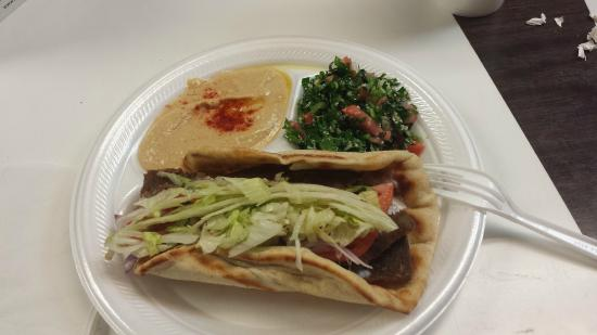 Pita Way: Pita, tabouli, and hummus