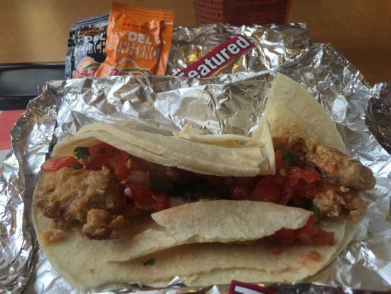 Salsa Fresca Chicken Tacos - Picture of Del Taco, Orlando ...