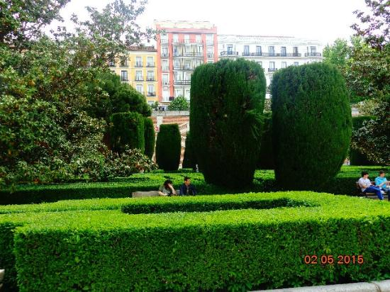 Vista giardino dall 39 alto foto di jardines de sabatini for Jardines sabatini